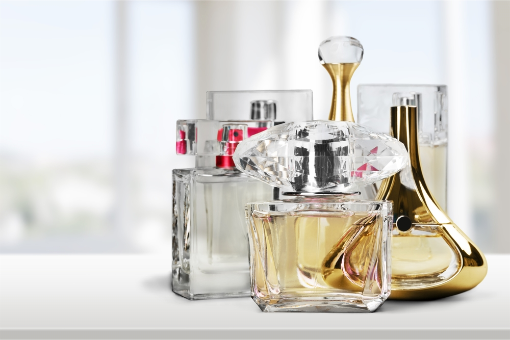 ship perfume and other liquid fragrances with USPS
